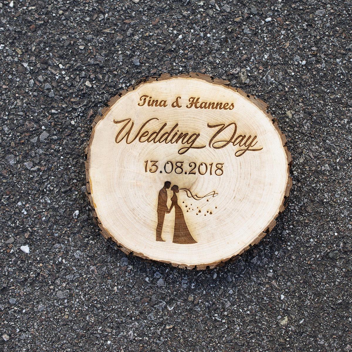 Baumscheibe mit Gravur Holzscheibe Erle Schneidebrett Türschild Hochzeitsdeko